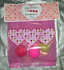 Homemade Valentines Day Gifts by Diy Valentine U0027s Day Bouncy Ball Gift Bag Idea Crafty Morning