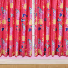 character world 72 inch peppa pig funfair curtains amazon co uk