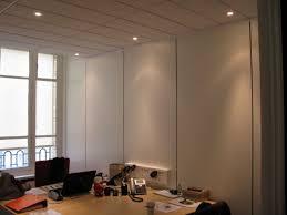 cloison amovible bureau une cloison amovible pour l aménagement de votre bureau batitech