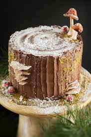 mulled wine stump de noël cake and a ridge runner wood works