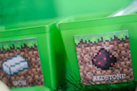 Minecraft Table Decorations The Best Diy Minecraft Party Decorations Especially On A Budget