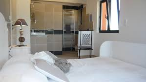 salle d eau dans chambre emejing chambre avec salle d eau contemporary design trends 2017