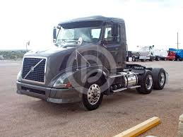 volvo semi truck price 2011 volvo vnl64t300 day cab truck for sale 390 248 miles