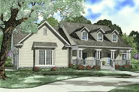 southern style house plans southern style house plan 4 beds 3 00 baths 2430 sq ft plan 17 2587