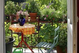 Salon De Jardin Pour Balcon by Comment Transformer Son Balcon En Petit Jardin
