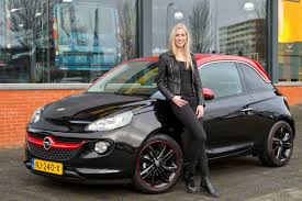 opel adam 2016 opel overhandigt adam aan winnares holland u0027s next top model 2016