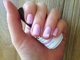 24 heart nail designs to show off your engagment ring soft pink