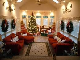 sunroom decorated at christmas for our sunroom seasonal room in