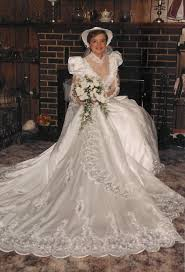 1985 wedding dresses the wedding dress from the lilypad float