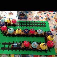 thomas the train cake and cupcake ideas 481