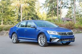 passat volkswagen 2017 roomy volkswagen passat comes with big car appeal cars