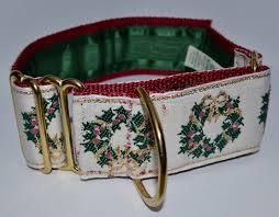 holly wreaths ecru 3 4 inch collar