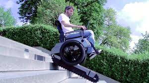 sedie per disabili per scendere scale la sedia a rotelle sale e scende le scale impronta unika