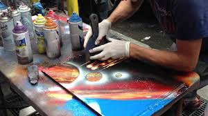 Nyc Spray Paint Art Videos Travel Spray Paint Artist In Times Square New York Usa