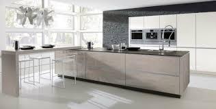 cuisine en verre table en verre cuisine design table de cuisine moderne en verre