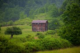 old fashioned summer farm house structures free nature pictures