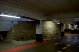 the fragment of london u0027s roman wall hidden in a car park u2013 ianvisits