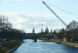 gallery giant crane lowers new york bridge into place u2022 yorkmix