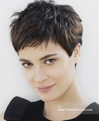 frisuren hairstyles on pinterest pixie cuts short franck provost braun kurze weiblich gerade französisch frauen