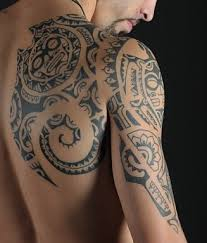 awesome tribal tattoos design on shoulder blade tattoomagz