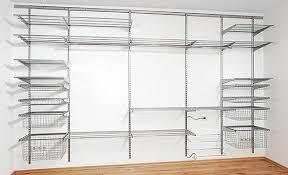 kleiderschrank selber bauen mit holzregalen kleiderschrank selber bauen begehbarer treppenlift mieten einfach