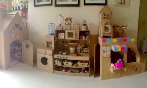 membuat mainan edukatif dari kardus kreatif memanfaatkan kardus bekas untuk membuat aneka mainan anak