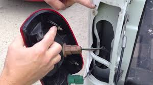 2008 ford f250 tail light bulb replacing the brake turn signal light bulb in a 2007 ford truck