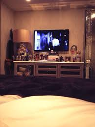 Bedroom Setup With Tv Kendall Jenner U0027s Room New Room Pinterest Room Bedrooms And