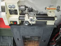 axminster bv20m engineering lathe in aylesbury buckinghamshire