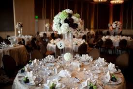 Burgundy Wedding Centerpieces by Shaylyn U0027s Blog Lori Loughlin Attended The Black And White Gala