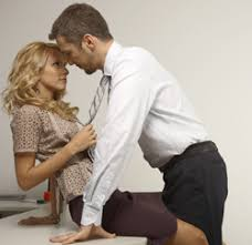 l amour dans le bureau le sexe au travail 10 anecdotes particulières jobat be