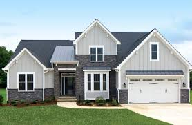 4 bedroom craftsman house plans 4 bedroom craftsman with cathedral ceiling 42296db