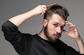 Frisuren Lange Haare Geheimratsecken by Ein Undercut Kaschiert Geheimratsecken Ebenfalls Durch Die Kurzen