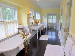 die besten 25 blassgelbe badezimmer ideen auf pinterest