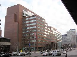 bureau plus montreal montréal downtown service canada centre