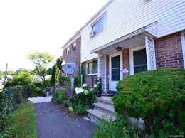 town of ridgefield ct short sale homes u0026 houses 0 homes zillow