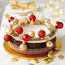 Christmas Cake Decorations Ideas Easy by 7 Ways To Decorate Your Christmas Cake Christmas Cake Decorating