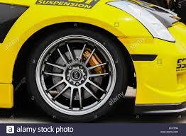 nissan 350z yellow color nissan 350z race car stock photos u0026 nissan 350z race car stock