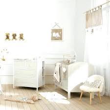 theme chambre bébé mixte 5 ragles pour bien amacnager la chambre de bacbac une chambre de