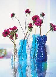 Diy Plastic Bottle Vase A Flower Vase Diy With A Plastic Bottle 17 Ideas