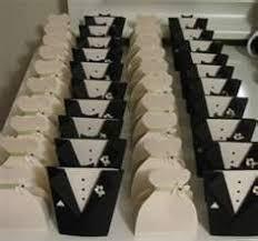 and groom favor boxes and groom favor boxes made with the cricut so