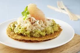 cuisiner le crabe recette de tarte avocat plemousse et chair de crabe facile