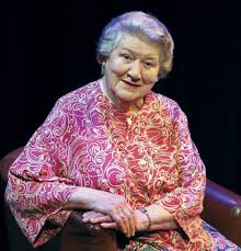 tinseltown talks patricia routledge still keeping up appearances