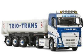trailer volvo trio trans volvo fh4 sleepercab 4x2 half pipe tipper trailer
