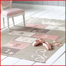tapis de chambre enfant tapis de bain bébé 663206 tapis chambre bebe nuage avec tapis