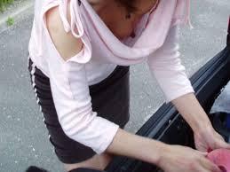乳首 浮き|ノーブラキャミソールで浮き乳首してる着衣胸ポチエロ画像 ...