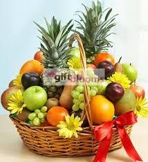 fresh fruit basket delivery best 25 fruit basket delivery ideas on food basket