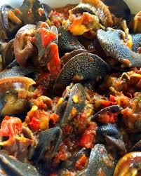 comment cuisiner des escargots le kédjénou d escargots épicé ivorianfood