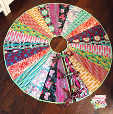 my fabric relish free tree skirt pattern on craftsy
