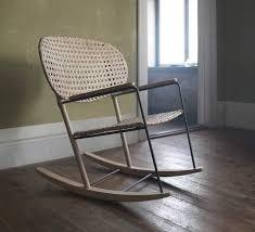 chaise bascule ikea petits prix et pièces design le cannage en rotin fait come
